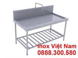 Bàn inox có vòi nước | bàn inox bếp nhà hàng.