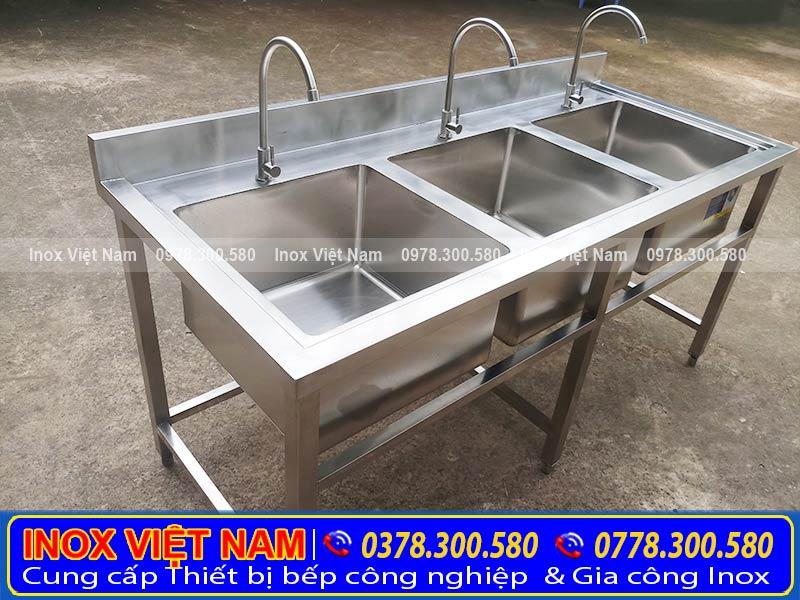 Chậu rửa công nghiệp 3 hộc - bồn rửa inox công nghiệp 3 ngăn chất lượng cao.