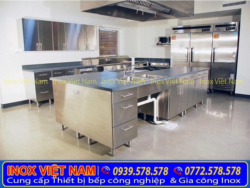 Tủ bếp inox 304 nhiều tầng nhiều ngăn