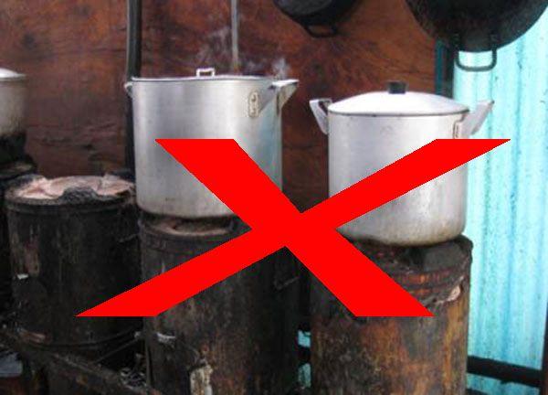 Vì sao bếp than nấu phở mất đi vị thế và dần biến mất?